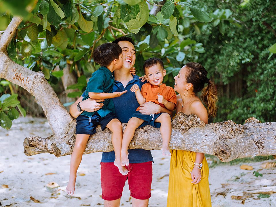 Railay family photographer, Family photo shoot, Family photographer, family photographer at Railay Krabi, honeymoon, Krabi honeymoon photographer, Krabi photographer, Krabi photography, Krabi vacation photographer, Krabi wedding photographer