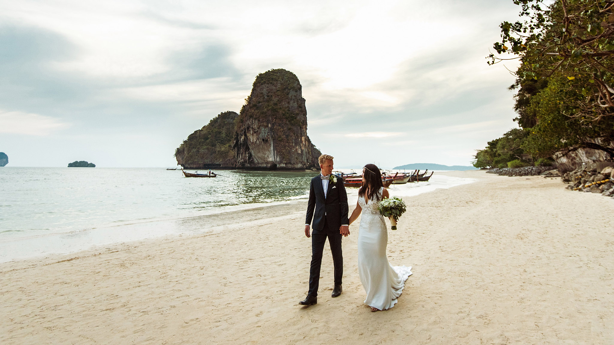 Wedding photography at Railay, Rayavadee